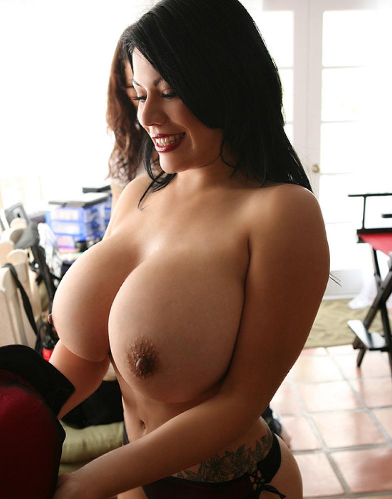 Gavlak ana nude flavia Ana Flavia